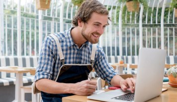 Does the Business Credit Card Affect Personal Credit Scores?